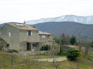 gite-france-salignac-01